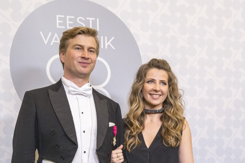 Palju õnne! Eesti rikkaim mees Kristo Käärmann ja pesudisainer Kriss Soonik-Käärmann saavad lapsevanemateks