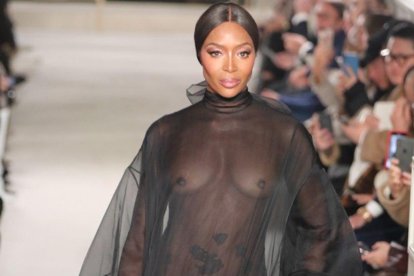 Naomi Campbell (48) välgutas moepüünel rindu