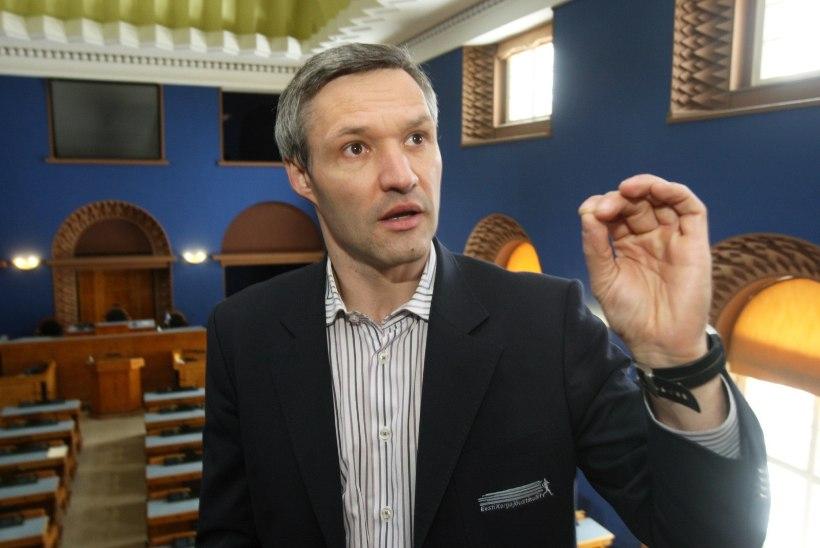 """Erki Nool tõmmati legendaarse """"Rooside sõja"""" klipiga haneks"""