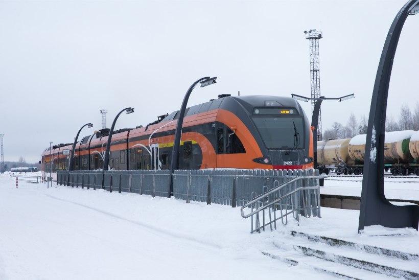 Tallinna-Tartu rong sõitis otsa põdrale, kogu idasuuna rongiliiklus on häiritud