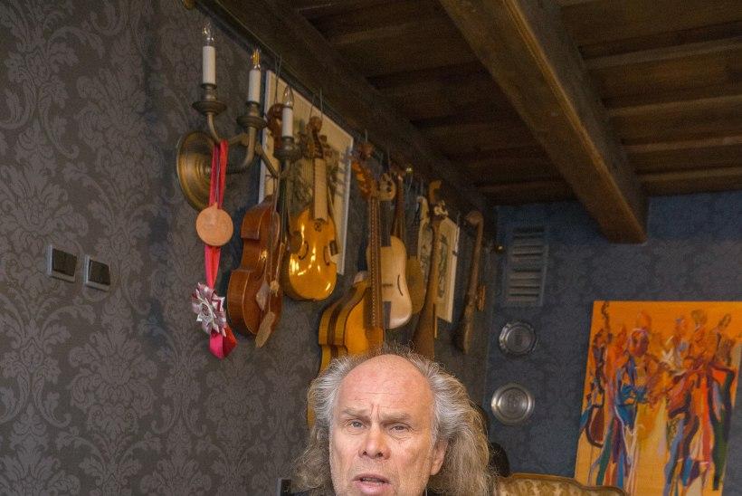 """Andres Mustonen: """"Mind ei huvita direktiivid ja ettekirjutused. Neid järgima hakates ei saa kunsti teha!"""""""