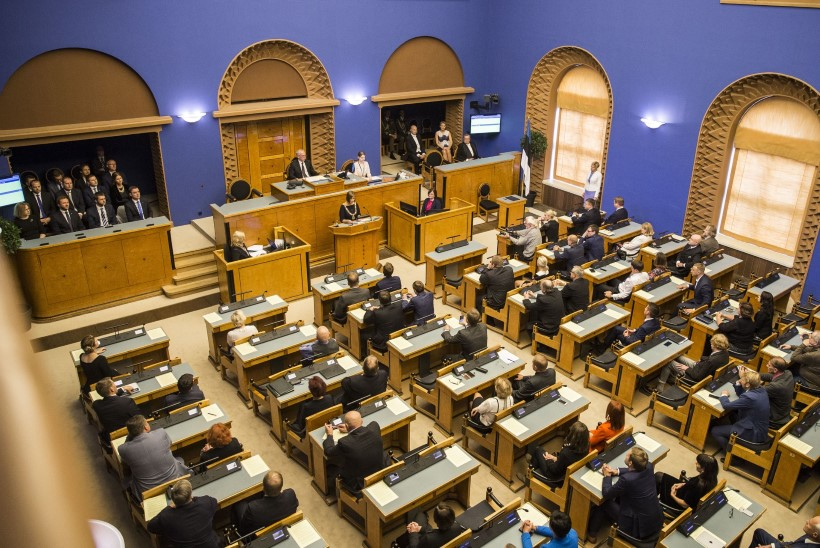 GRAAFIK   Parteid ennustavad: kuidas jagunevad riigikogus kohad erakondade kaupa?