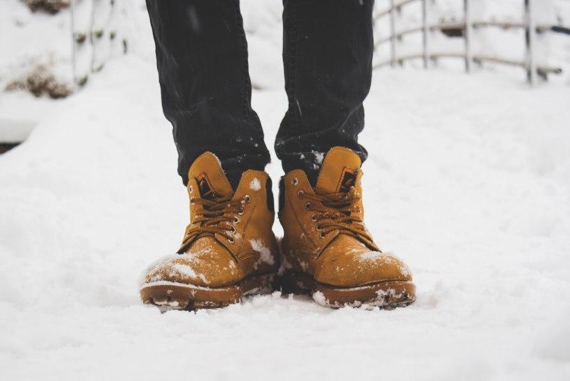 VÄÄRT SOOVITUSED! Kuus nippi, kuidas talvel libedal teel jalgele jääda