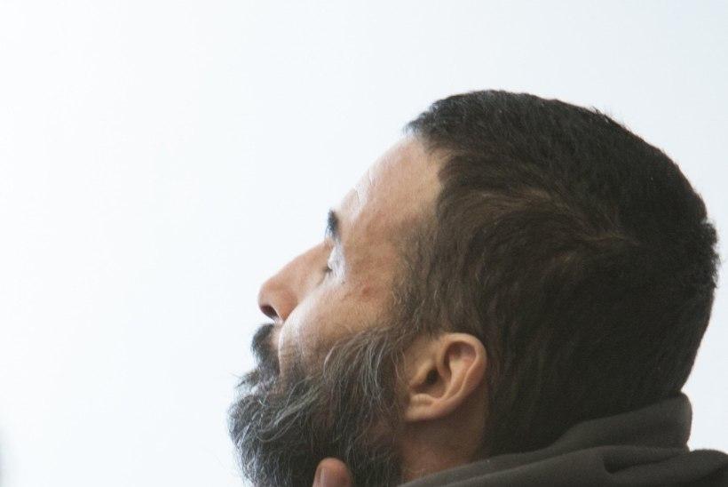 Oma abikaasa mõrvanud moslem keeldus Viru vanglas ramadaani ajal koristamast