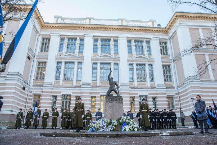 GALERII |  Mälestati Eesti vabaduse eest langenuid