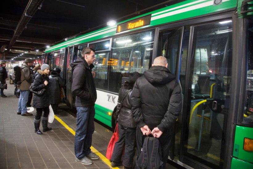 BBC: tallinlane loobus tasuta ühistranspordi saabudes jalakäimisest ja rattasõidust, mitte autost