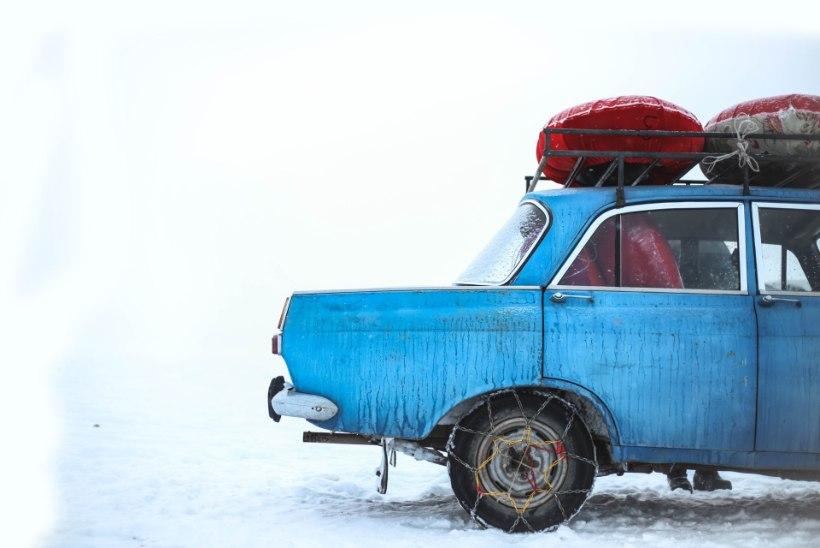 IGAKS JUHUKS! Mida pakkida kaasa, kui külma ilmaga on vaja ette võtta pikem autoreis?