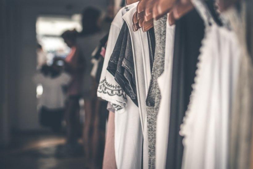 VIDEO | Kapselgarderoobi trikid: 18 rõivaesemega kuni 162 erinevat riietumiskombinatsiooni!