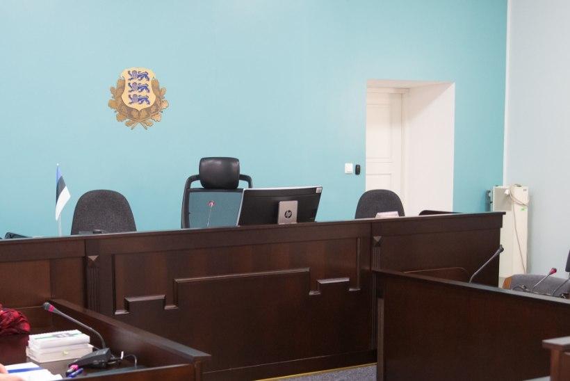 Seisusele vastavalt: joobnult autot juhtinud kohtunik loobub vabatahtlikult talaarist