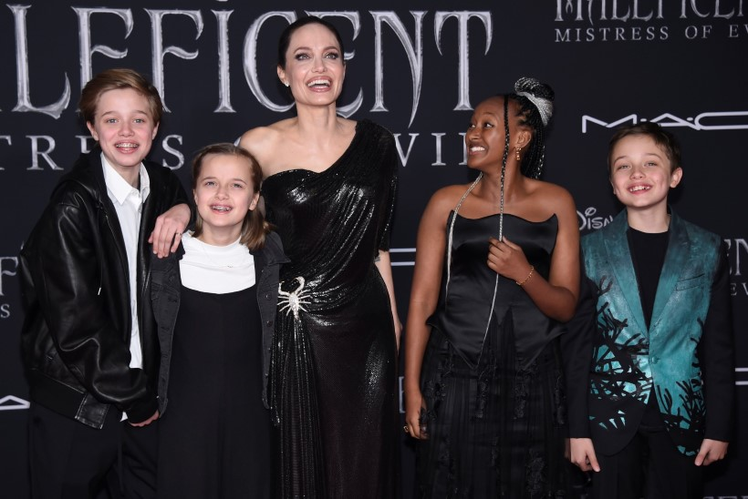 Jolie ja Pitti 14aastane tütar Zahara on lootustandev ehtekunstnik
