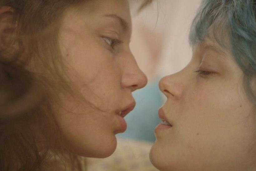 TURVASEKS VÕTTEPLATSIL: intiimsuskoordinaator kannab hoolt, et lembestseen näitlejat ei traumeeriks