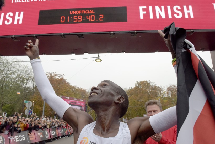 VÕIMATU SAI VÕIMALIKUKS! Imejooksja vabastas maratonimaailma pikalt seganud kammitsast