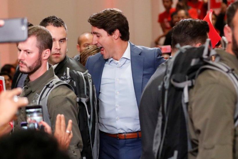 OHTLIKUD AJAD: Kanada peaminister ilmus valimisüritusele kuulivestis