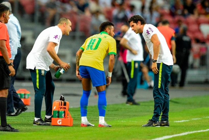 Taas vigastada saanud Neymar jääb mitmest olulisest kohtumisest eemale