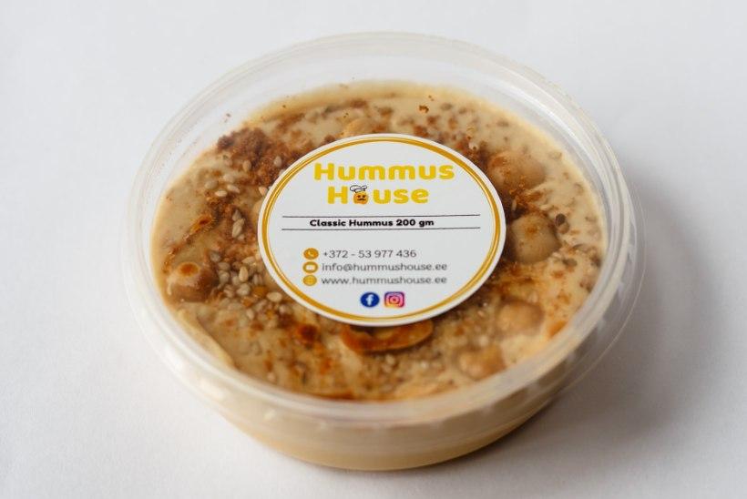 NAISTELEHT TESTIB | Hummus tekitab huvi!