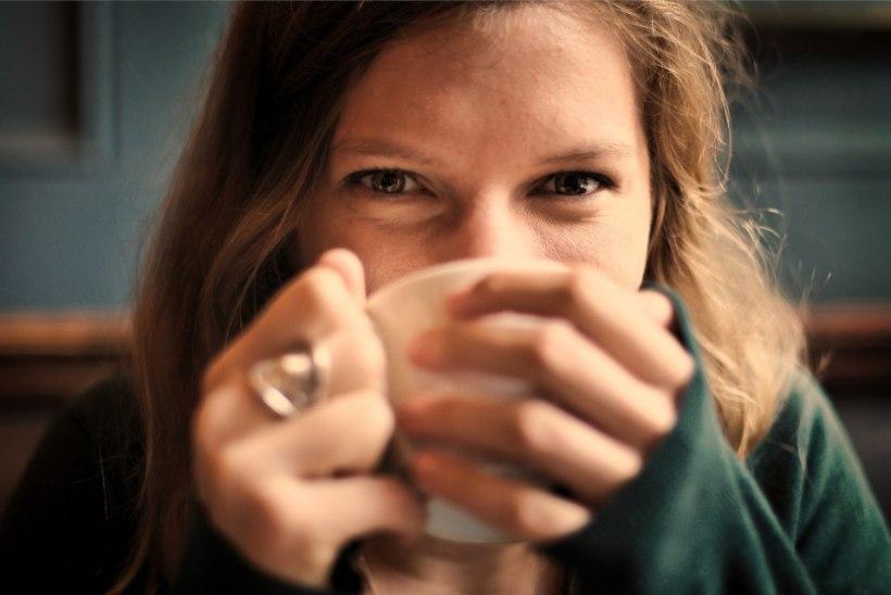 SILMAD JOOKSEVAD VETT? Vaata, kuidas leevendada kõige tüüpilisemaid silmahädasid!
