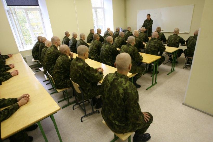 Kaitsevägi hakkas vene noortele kohustuslikus korras eesti keelt õpetama
