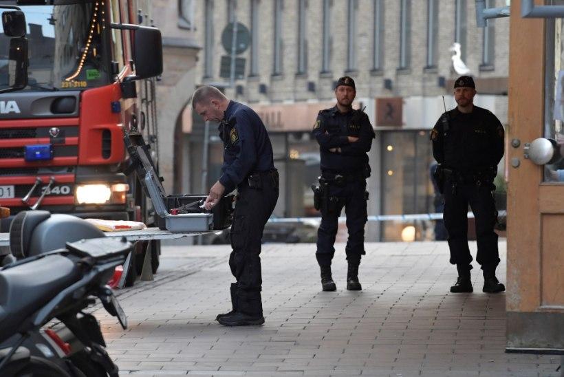 NAGU SÕJAS: Stockholmis toimus öösel kolm plahvatust