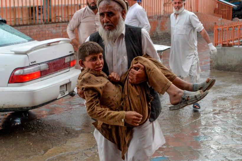 Afganistani mošeerünnakus hukkus üle kuuekümne inimese