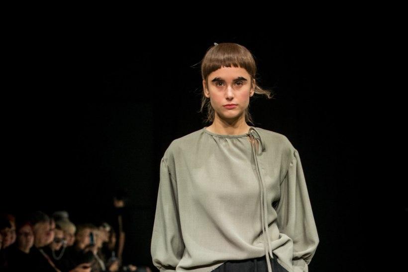 TFW | GALERII | Moenädala kolmas päev näitas nii jaapanipärast vaoshoitud minimalismi kui ka pariisilikku dekadentsi