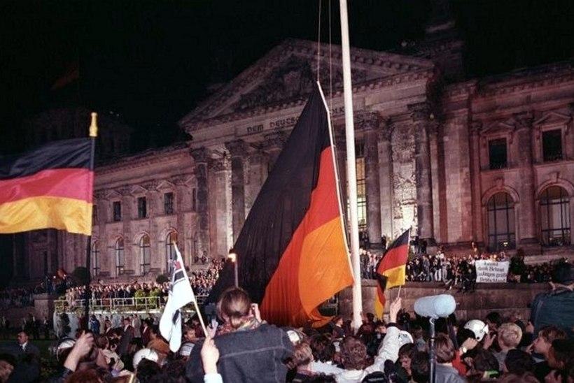 MINEVIKUHETK | 3. oktoober: Ida- ja Lääne-Saksamaa liideti taas üheks riigiks