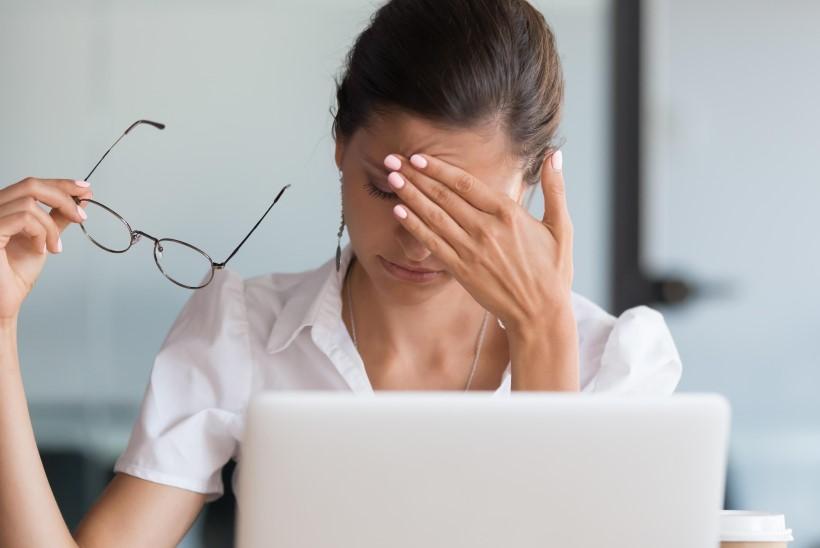 IMELIKUD TERVISEHÄDAD? Salakavalad ohud, mis võivad sind töö juures haigeks teha