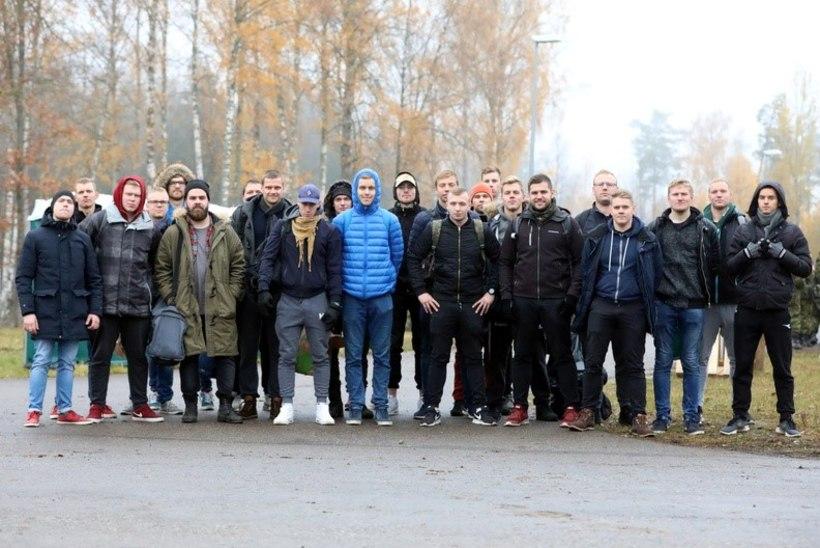 """GALERII JA VIDEO   Lõppes lisaõppekogunemine Okas: """"Seda reservväelaste hulka vaadates on uhke tunne, et Eesti on kaitstud."""""""