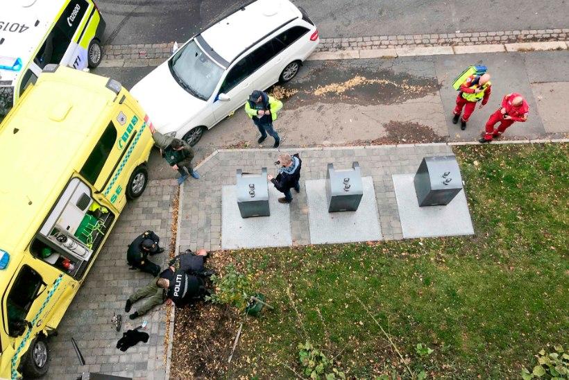 Oslos sõitis mees röövitud kiirabiautoga rahva sekka
