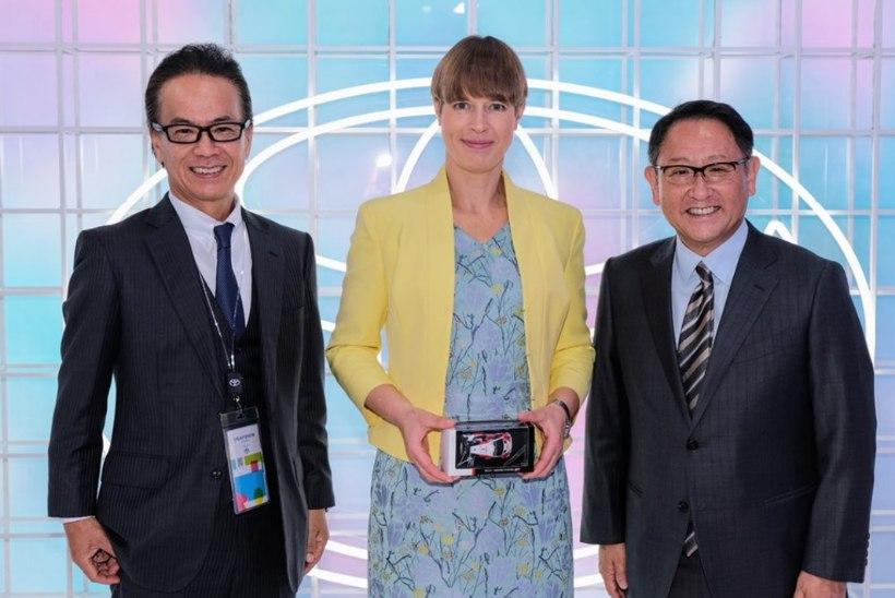 Tänaku kihutamistele kaasa elav Eesti president käis Toyota omanikega nõu pidamas