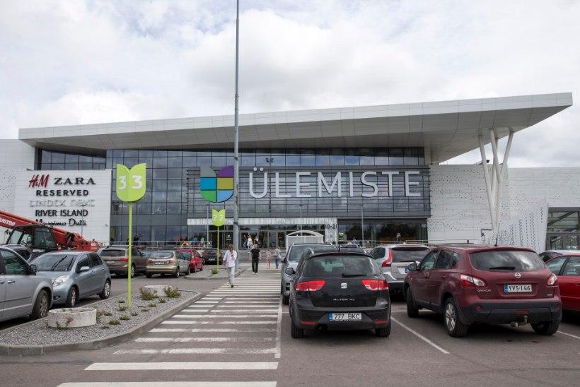 Tallinnas Ülemiste keskuses kukkus mees eskalaatoril
