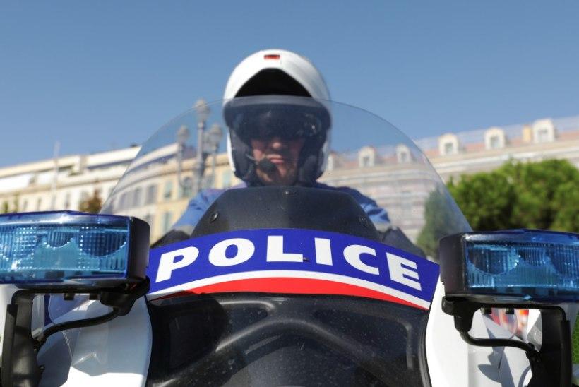 Prantsusmaal barrikeeris mees end muuseumisse ja sodis hoone seintele araabiakeelseid ähvardusi