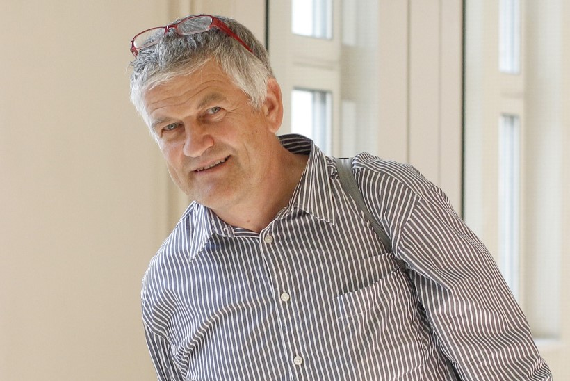 DOPINGUSKANDAAL | Austria politsei vahistas kurikuulsa dopingutreeneri