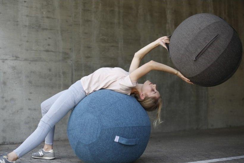 Korrigeeri istumist palli abil! Uus istumispall näeb nüüd veel eriti stiilne välja