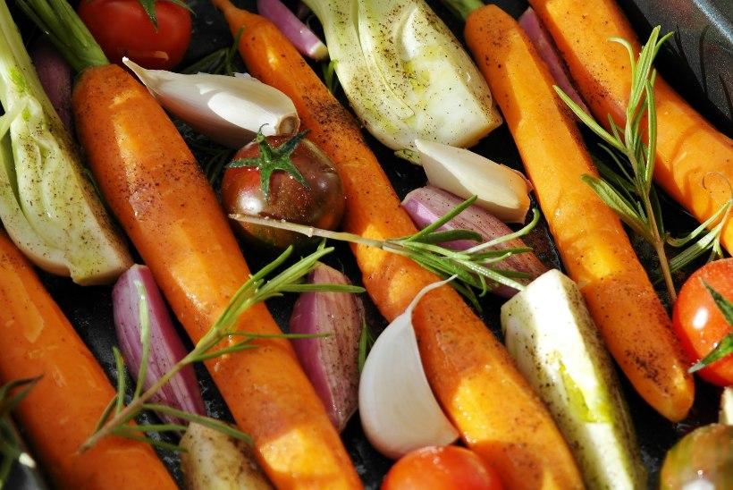 Gastronoomia saladused: kuidas kokates küüslaugu maitset mõjutada ja köögiviljad krõmpsuks küpsetada?