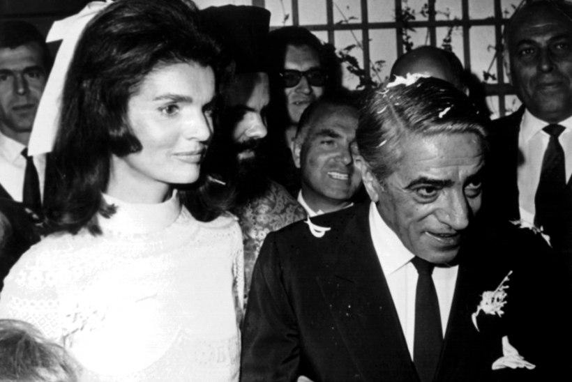 VÄIDE: president Kennedy oli armukese juures, kui Jackie sünnitas