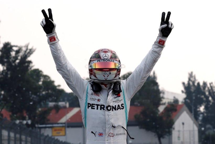 Mehhiko GP: Hamilton võitis sõidu, kuid MM-tiitel jäi veel lahtiseks