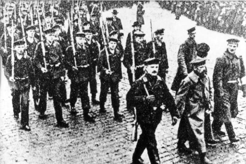 MINEVIKUHETK | 28. oktoober: käske eiranud Saksa madrused keeldusid enesetapumissioonist