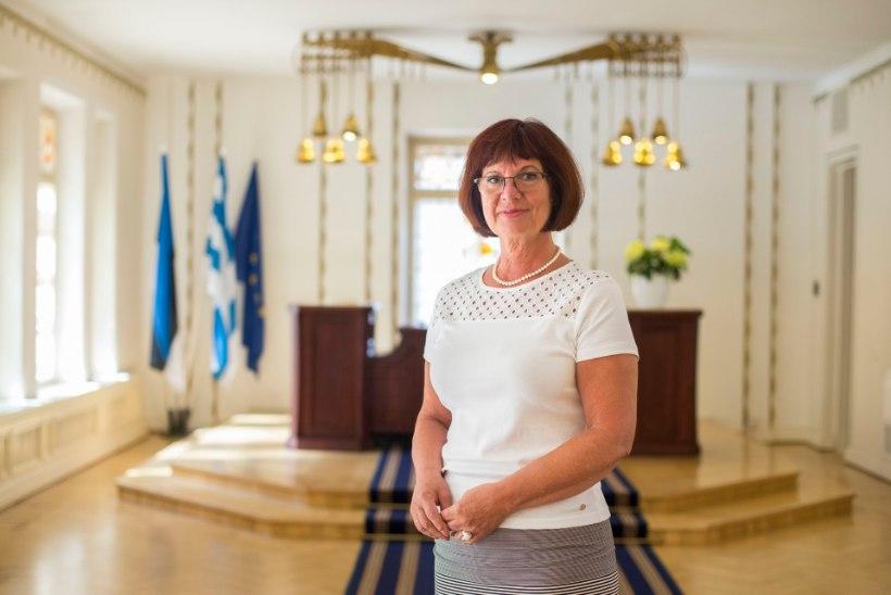 GRAAFIK | HINNAHÜPPE MÕJU: kas Tallinna Õnnepalee lakke hüpanud tasud peletavad abiellujad mujale odavamat õnne otsima?
