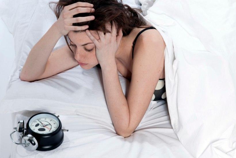 """Unetuse käes vaevelnud naine: """"Õhtuks oli väsimus nii suur, nagu oleksin päev otsa raskeid maakive tassinud."""""""