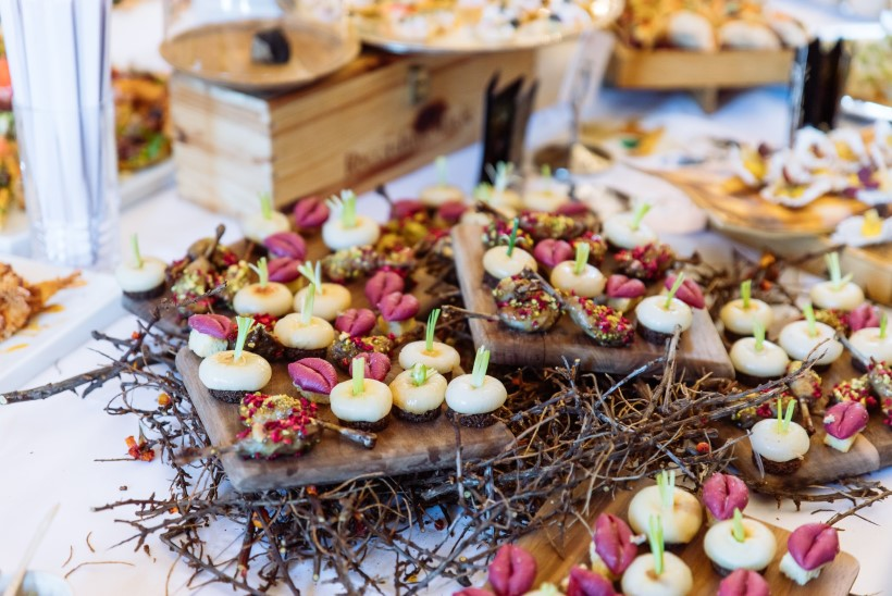 VIDEO | Soodsamaid söögielamusi tõotav Tallinna restoranide nädal täitub kiiresti, ent veel on vabu kohti