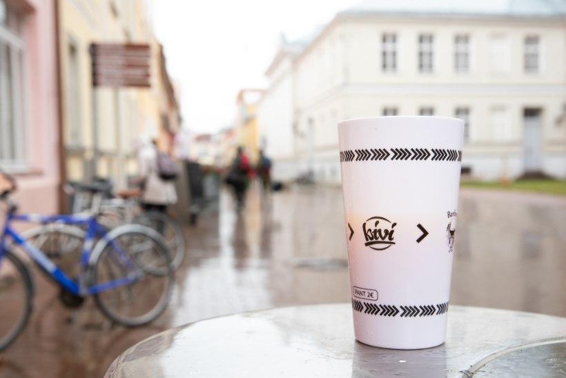 Tartu tõrjub öistelt tänavatelt joomist, mida soosib baaride topsiringlusust