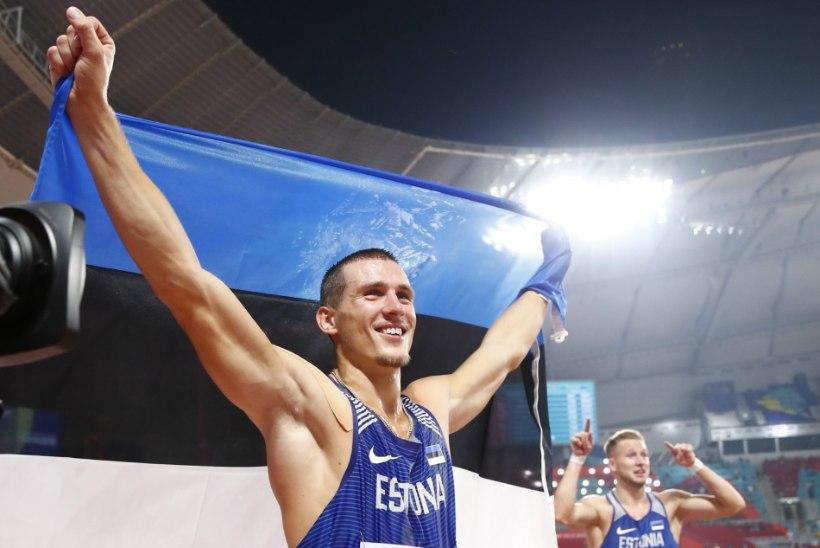 Eesti läbi aegade teiseks kümnevõistlejaks tõusnud Maicel Uibo hõbedal on küljes juubelihõng