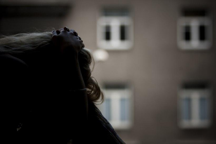 """Sünnitusjärgset depressiooni põdev naine: """"Ütlesin arstile, et hakkan lolliks minema."""""""