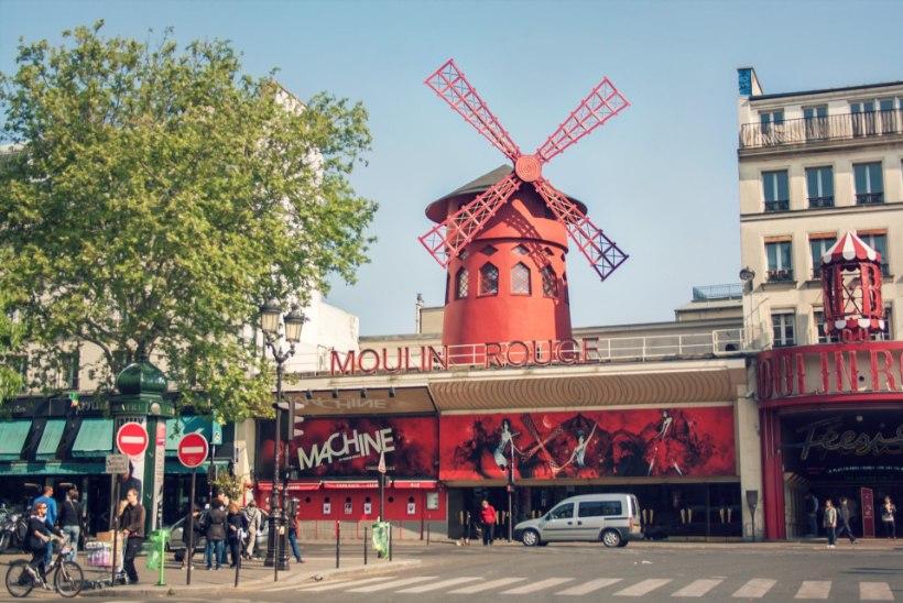 MINEVIKUHETK | 6. oktoober: uksed avas maailma kuulsaim kabaree Moulin Rouge