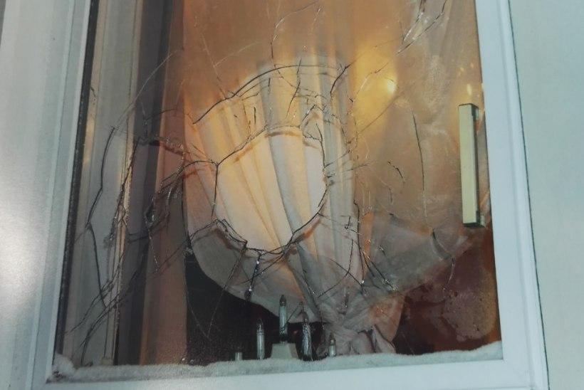 SÕDA TAKSOMAFFIAGA: Kemerovo jõugule vastu hakanud hulljulge taksojuhi kodu ja auto pandi põlema