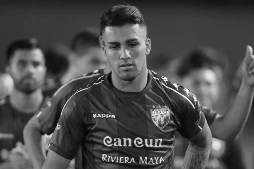 Argentina jalgpallur kukkus kuuendalt korruselt surnuks