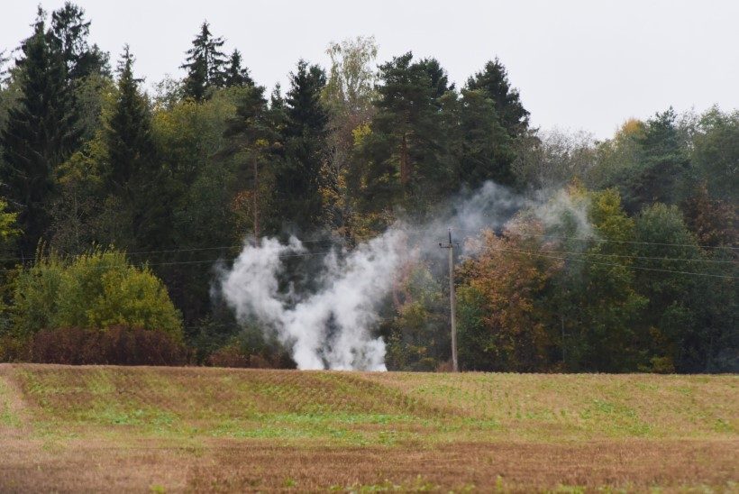 FOTOD | Ka külmaga juhtub! Viljandimaal oli maastikupõleng