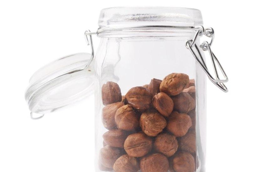 LUGEJA KÜSIB! Kuidas eemaldada pähklitelt õhukest pruuni kesta?