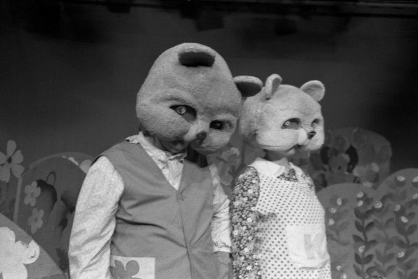 """Ene Järvis hakkab 71aastaselt taas Karu-Katit mängima: """"Maski taga on mõnus naeru kihistada, sest keegi seda ei näe!"""""""