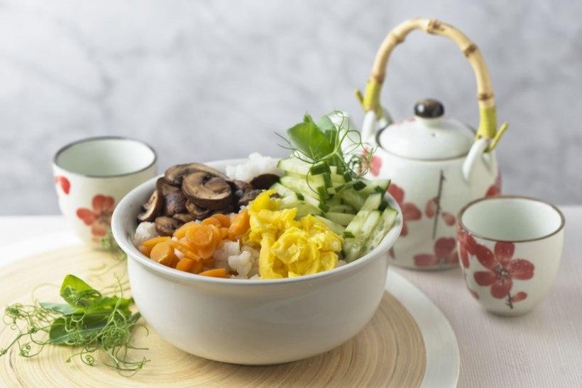 PÄEVARETSEPT KALAPÄEVAKS| Kausi-suši (chirashi sushi)